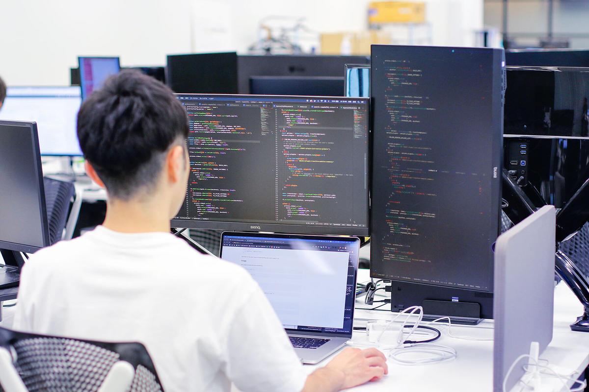 株式会社ハイコムソフトの求人画像2