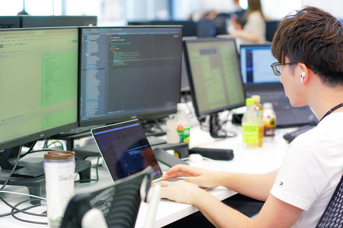 山室情報技術株式会社の求人画像3
